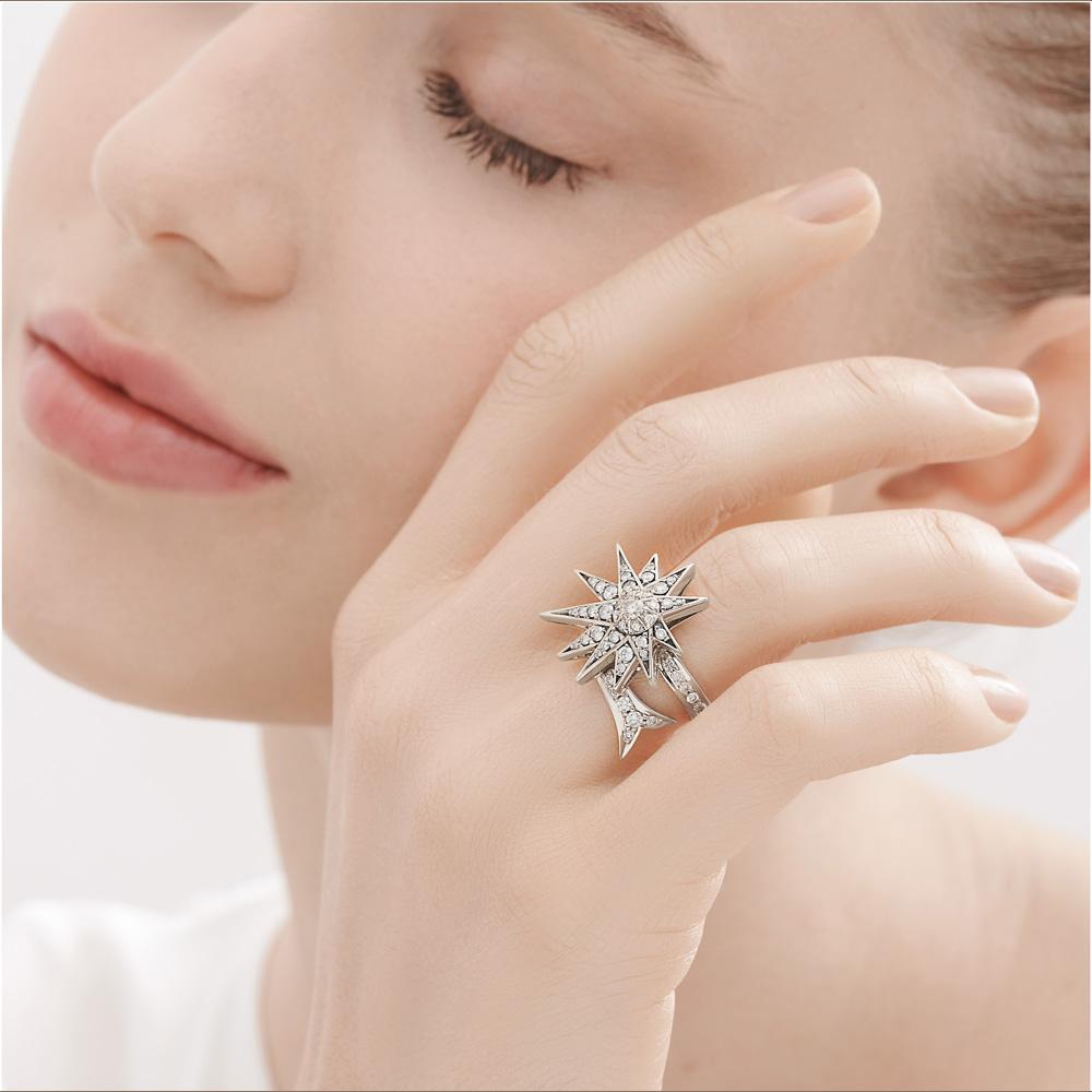 טבעת GENESIS בינונית בזהב אצילי ויהלומים
