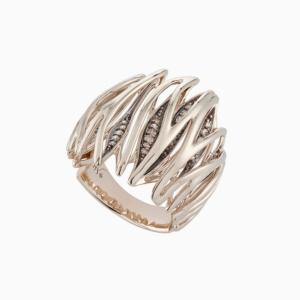 טבעת GRUPO CORPO בזהב אצילי ויהלומים