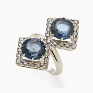 טבעת CARD GAMES בזהב אצילי, טופז כחול ויהלומים