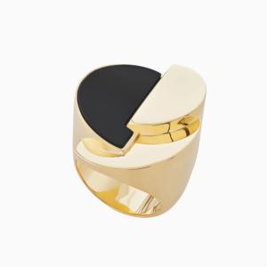 טבעת BURLE MARX  בזהב צהוב וקוורץ שחור