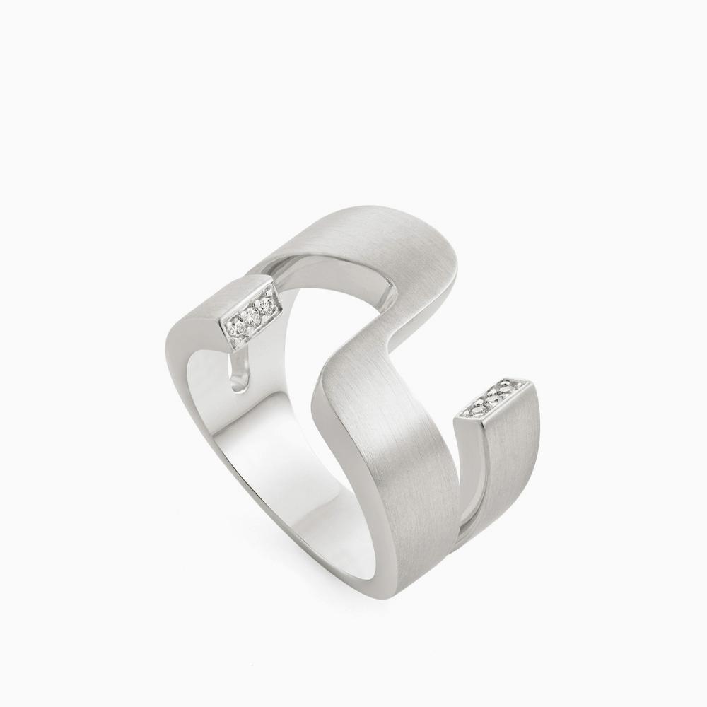 טבעת BURLE MARX בכסף ויהלומים