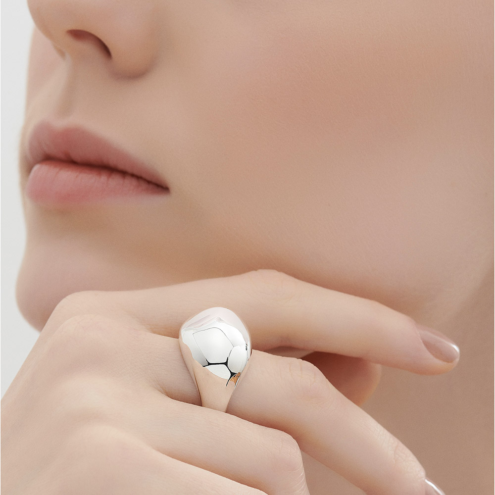 טבעת SILVER PEBBLES קטנה בכסף סטרלינג