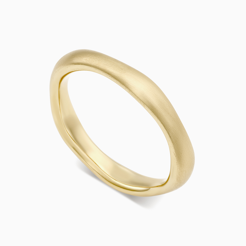 טבעת נישואין א-סימטרית בזהב צהוב