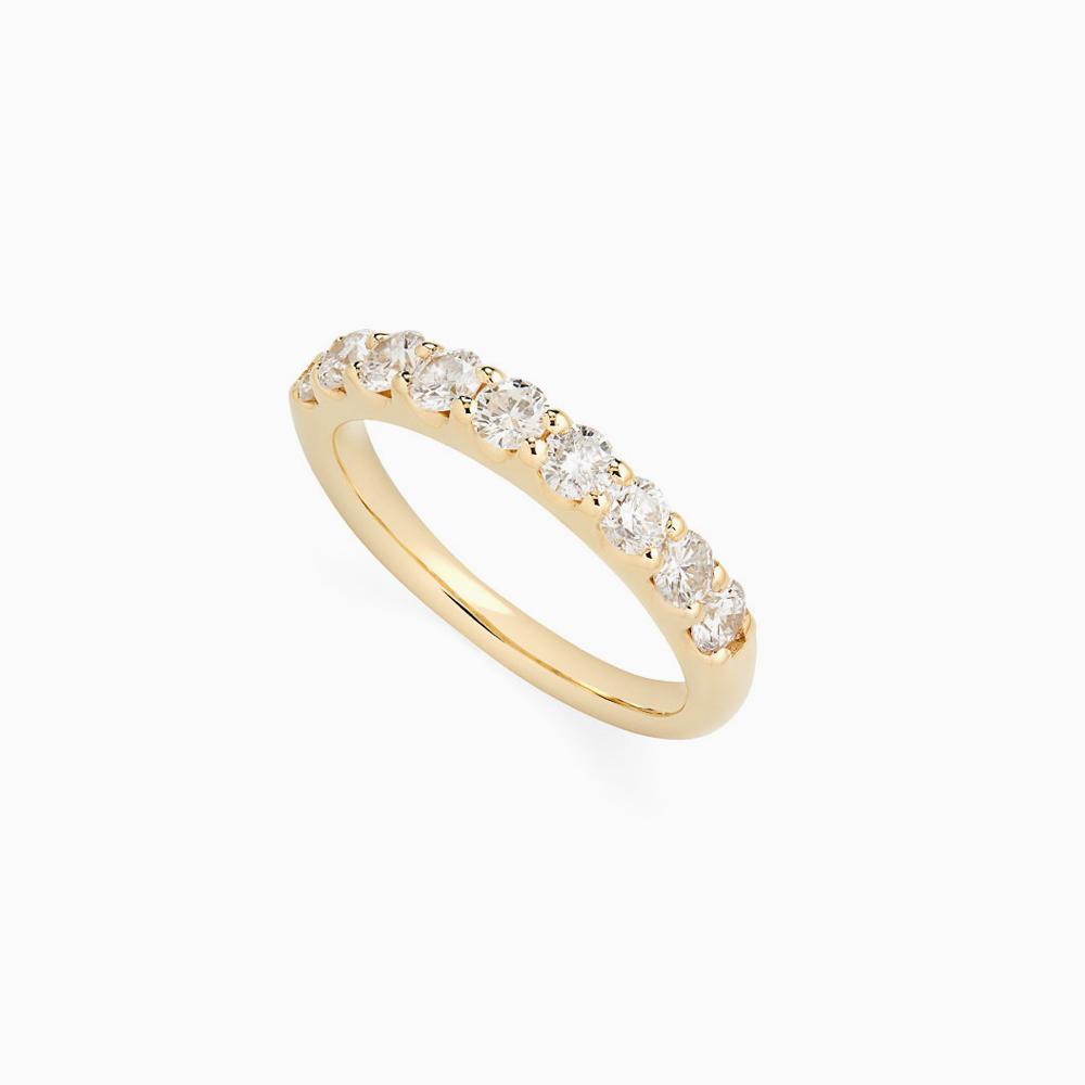 טבעת HALF BAND במשקל 0.73 קראט בזהב צהוב